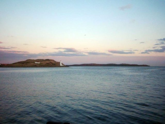 Halifax Harbour with George's Island & McNabs Island. Author:abdallahhCC BY 2.0