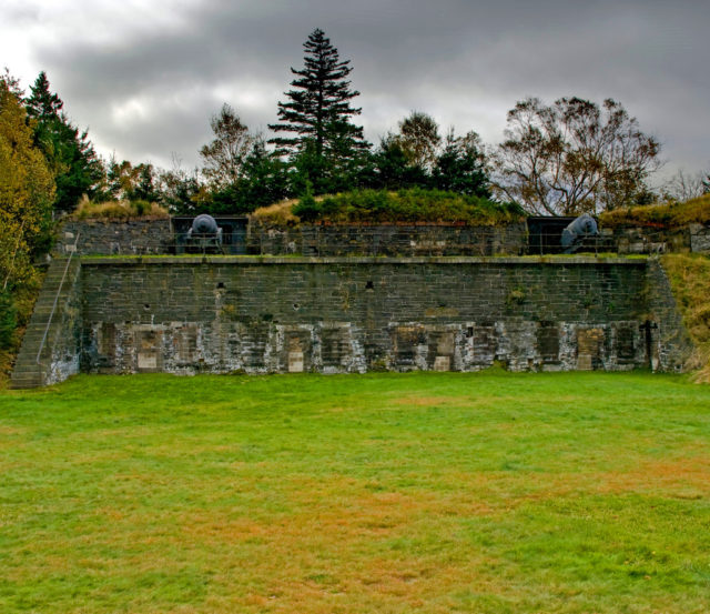 Fort Ives on McNabs Island. Author:Property#1CC BY-NC-ND 2.0