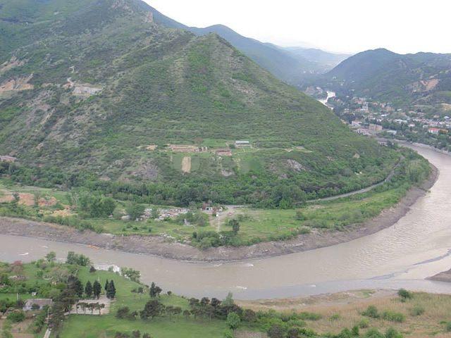 The confluence of the Mtkvari (Kura) with the Aragvi river