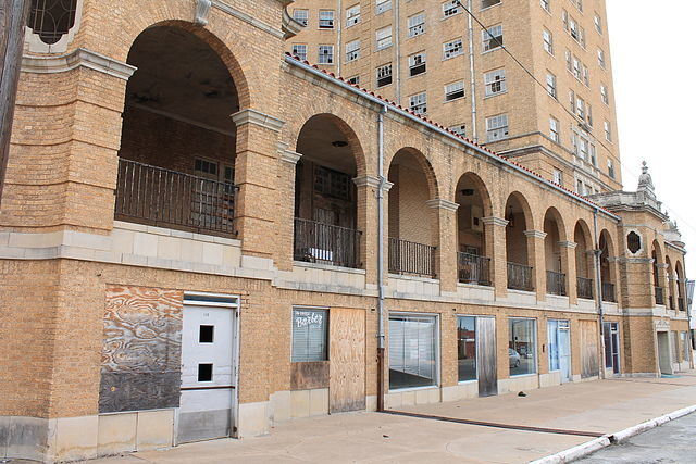 The Baker Hotel In Mineral Wells Texas This Abandoned