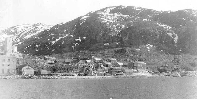 The cryolite mine in Ivittuut in 1940.
