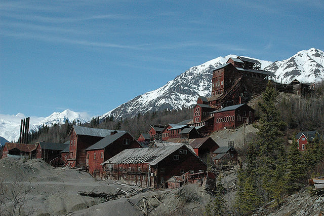 The ghost town of Kennecott. Author: Sewtex CC BY 2.5
