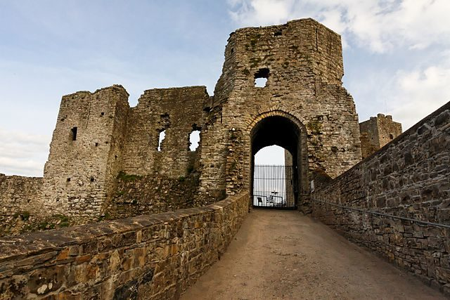 One of the gates of Trim Castle.Author:Laurent EspitallierCC BY 2.0