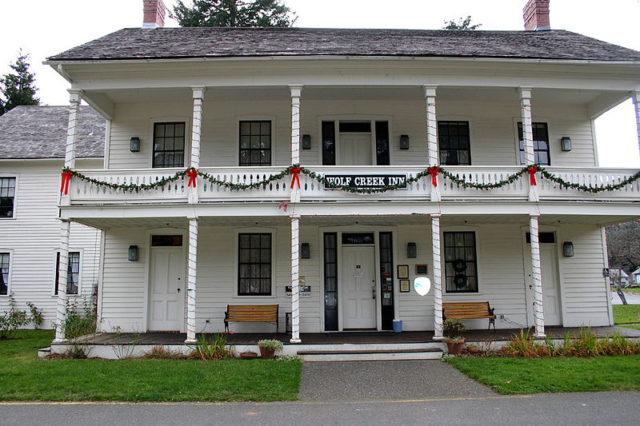 Wolf Creek Inn, originally Wolf Creek Tavern, in Wolf Creek Oregon.Author:Nwcamera1CC BY-SA 3.0