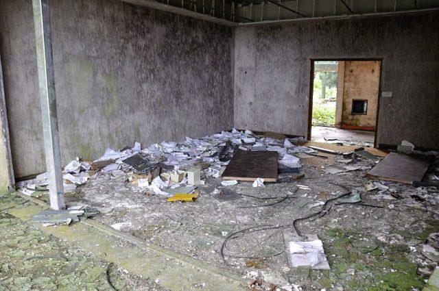 Destroyed room.Author: Hansueli Krapf CC BY-SA 3.0