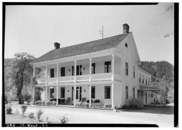 Historic American Buildings Survey, 1934. – Wolf Creek Tavern, Pacific Highway.