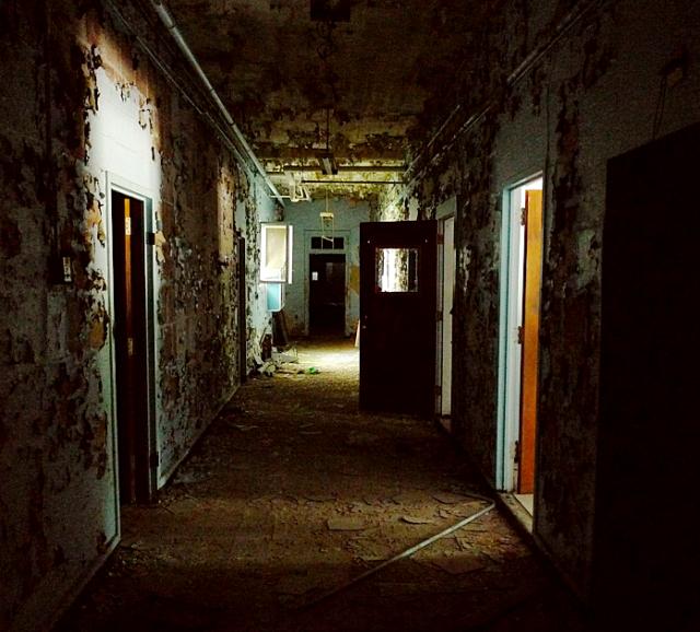 Hospital halls. Ryan Bailey CC BY 2.0