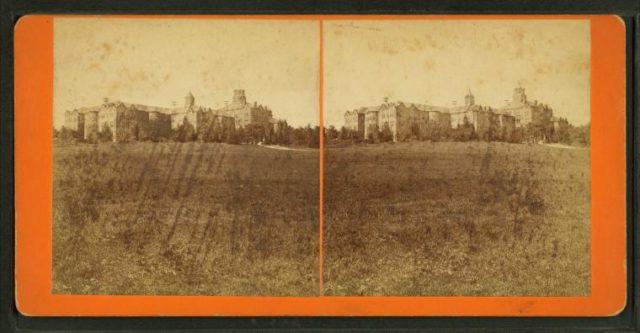Lunatic Hospital stereoscopic view. Author: Karan Jain CC BY 2.0