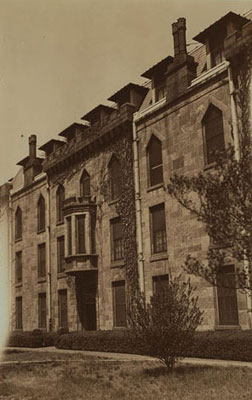 Metropolitan Hospital nurses home 1933.