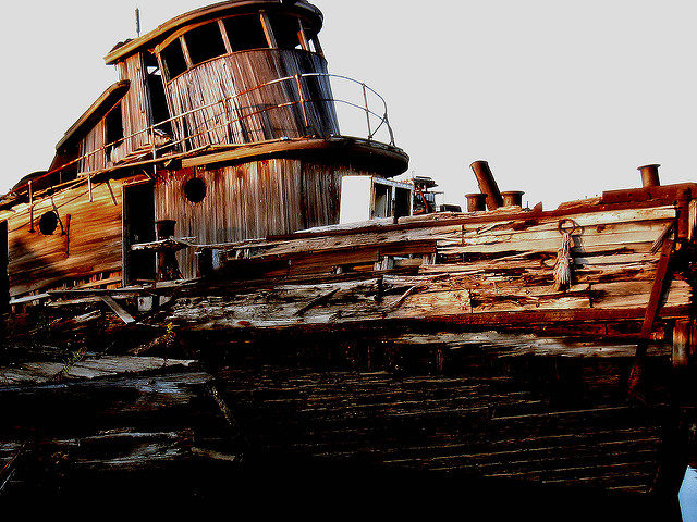 Old tug boat. Author:Joseph Kranak. CC BY 2.0