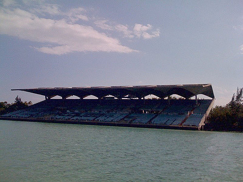 Panorama of the Miami Marine Stadium. Author: Ines Hegedus-GarciaCC BY 2.0