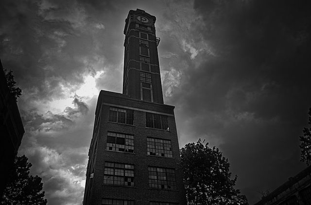 Peters Cartridge Company Tower. Author: Samuel W. Smith CC BY-SA 4.0