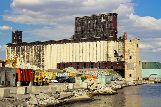 Red Hook Grain Terminal.Author:mikeCC BY-ND 2.0