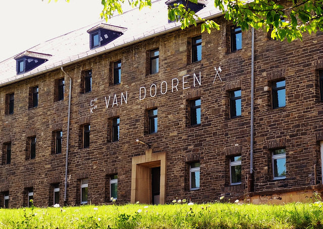 The Van Dooren barracks.Author:AlehinsCC BY 2.0