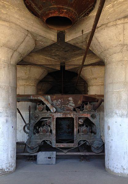 Under the silos. Author:Oliver KienziCC BY-SA 4.0