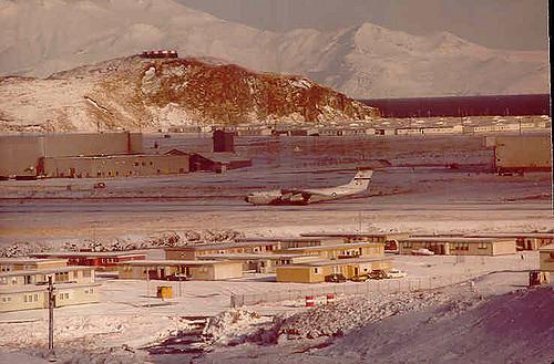 Adak, army houses circa 1970 – Author: Alexandra Kay – CC by 2.0