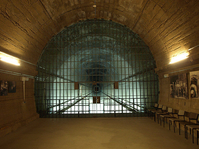 Former East access bunker, now the museum's entrance – Author: Morten Jensen – CC by 2.0
