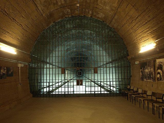 Former East access bunker, now the museum's entrance – Author: Morten Jensen – CC by 2.0