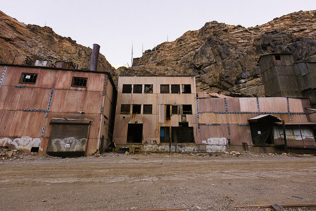 Eagle Mine buildings – Author: el-toro – CC by 2.0