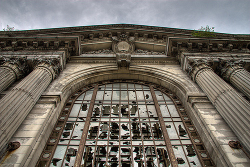 Welcome to Michigan Central Station – Author: John Hardwick – CC by 2.0