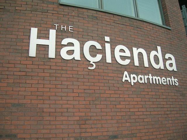 The rebuilt Haçienda flats logo in 2007. Author: Mikey.CC-BY 2.0