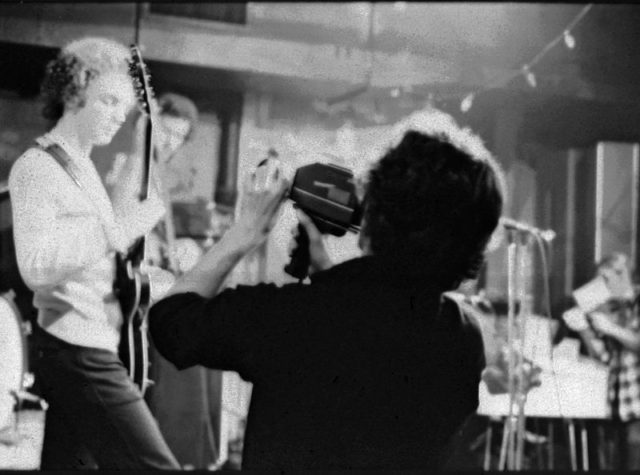 Pat Ivers of Metropolis Video shooting Orchestra Luna at CBGB's in 1975. Author: MichaelDOwen CC BY-SA 3.0