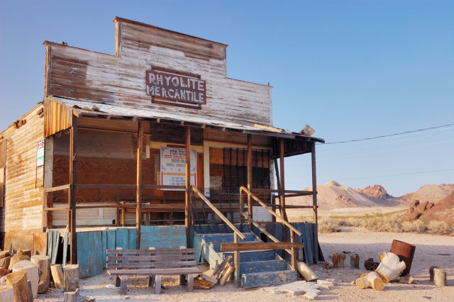 An abandoned general store in Rhyolite. Author: Pierre Camateros. CC BY-SA 3.0
