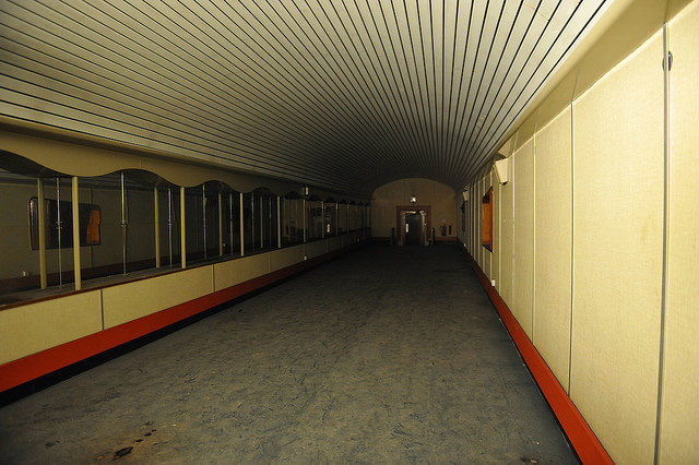 Another of the tunnels. Author: John Pannell. CC BY 2.0