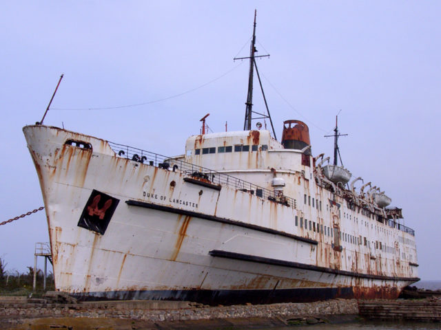 Duke of Lancaster clearly visible on the side of the ship. AuthorEmma JonesCC BY 3.0