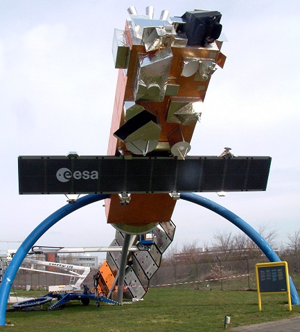 Model of Envisat in original size. See scaffolding and person near golden solar panel on the left for reference of size.