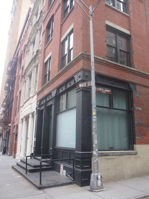 The Mudd Club was a TriBeCa nightclub, a central fixture in the downtown punk scene from 1978 to 1981. Author: Wickkey. CC BY-SA 3.0