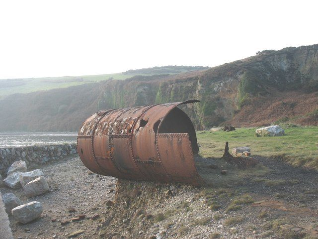 Half of a Lancashire-Galloway type of boiler/ Author: Eric Jones – CC BY-SA 2.0