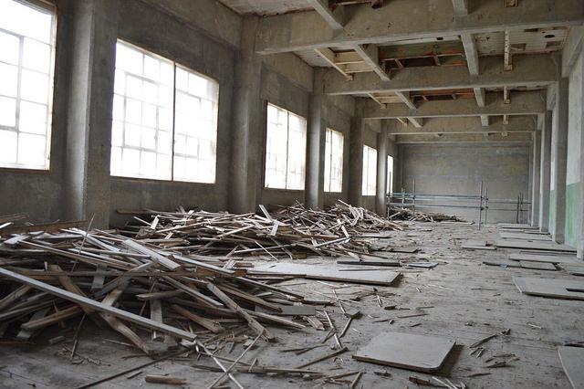 Inside Millennium Mills. Author:Matt Brown.CC BY 2.0
