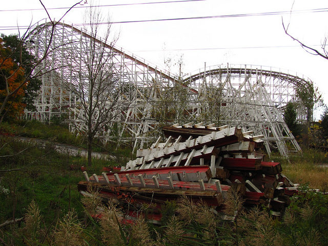 Salvaging the remaining ride.Author:Jeremy ThompsonCC BY 2.0