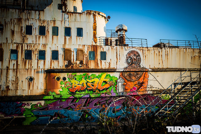 Some of the graffiti different angle. Author Geoff TudnoCC BY-ND 2.0