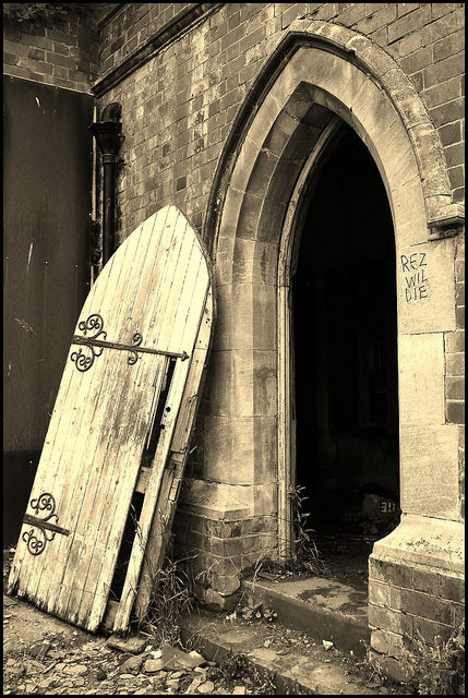 The entrance to the chapel.Author:LulaTaHulaCC BY-ND 2.0