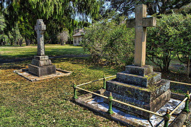 The Graves of Both Dr Frederick Norton Manning and Dr Eric Sinclair. Author: Frederick Manning CC BY 2.0