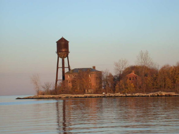The iconic water tower. Author:PequotioCC BY-SA 2.0