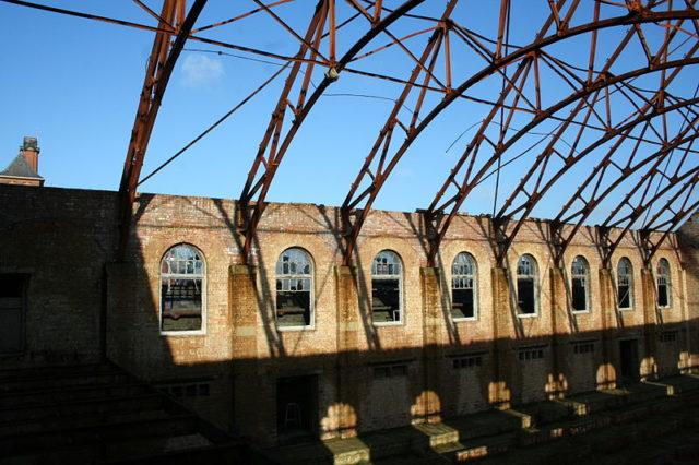 The remains of the Main Hall. Author: Tuna-baron CC BY-SA 3.0