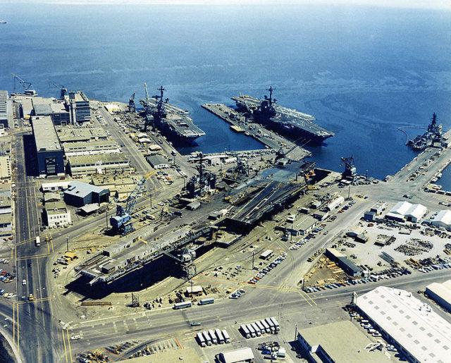 The shipyard in 1971. Author: Lt. A. Legare, USNPublic Domain