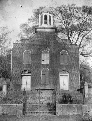 Old picture of the Presbyterian Church