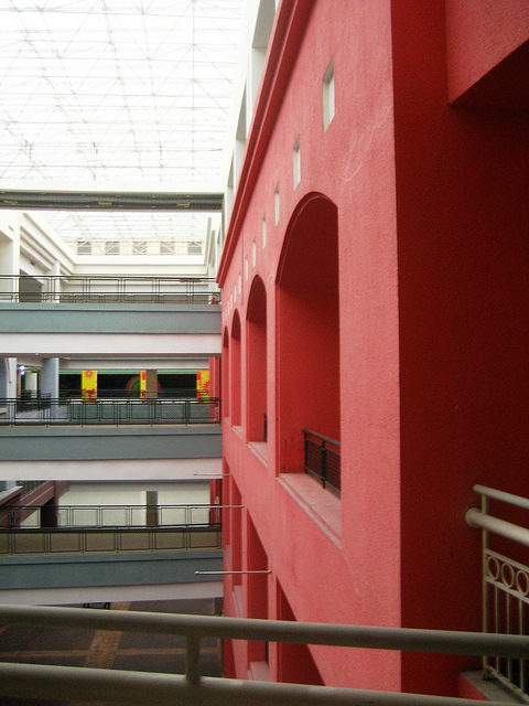New South China Mall, Dongguan – Author: macchi – CC by 2.0
