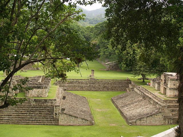 The final version of the ball court was dedicated to Uaxaclajuun Ub'aah K'awiil in AD 738. Author: Adalberto Hernandez Vega – CC BY 2.0