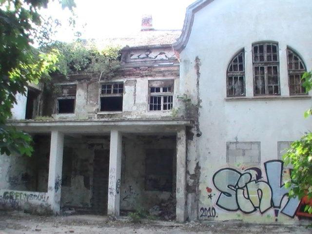 A graffiti made in 2010.Author:HigroskopijnyPublic Domain