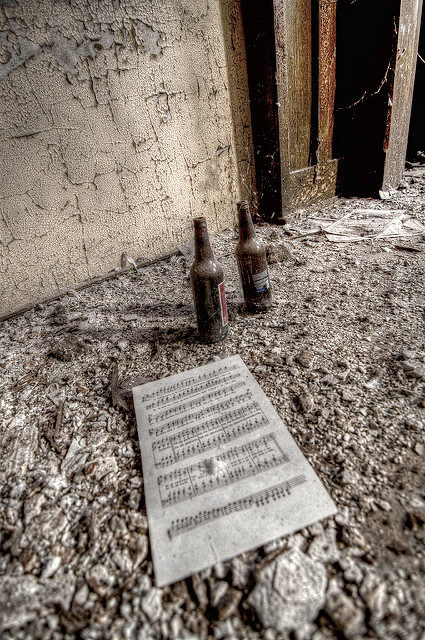 A piece of a forgotten composition. Author:Colin KnowlesCC BY-SA 2.0