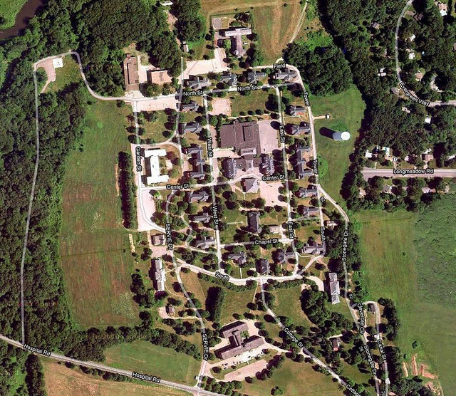 Aerial view of the hospital. Author:Don KellowayCC BY-ND 2.0
