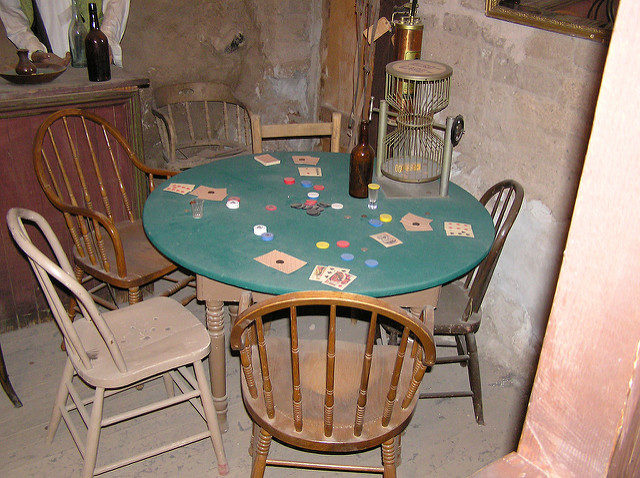 An original poker table. Author:H2OmanCC BY 2.0