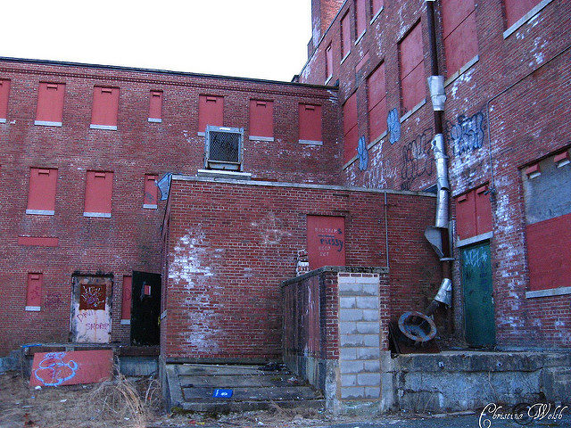 Behind the Gaebler Children's Center. Author: Christina Welsh CC BY-ND 2.0