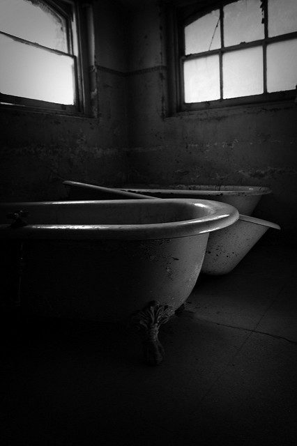 Empty bath tubs. Author: Kevin CortopassiCC BY-ND 2.0