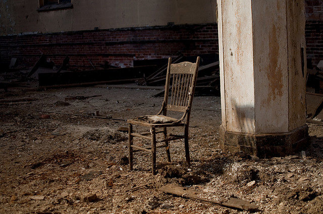 Grab a seat and relax. Author:Colin KnowlesCC BY-SA 2.0
